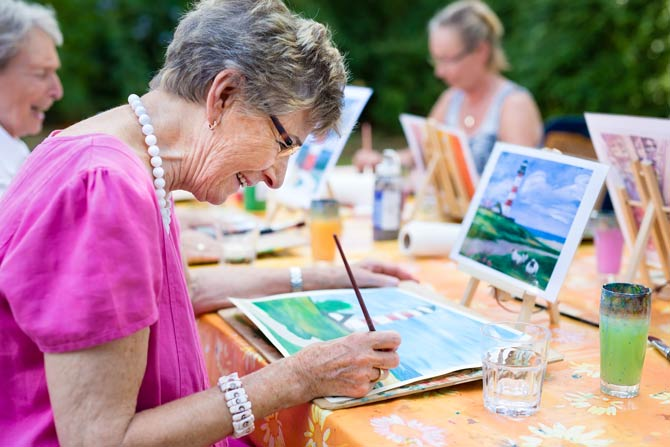 Aktivitäten gegen Einsamkeit im Alter
