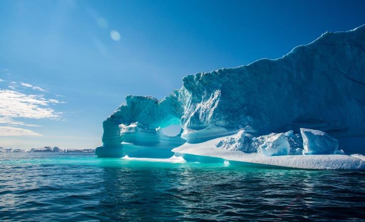 Eisverluste in Grönland durch strahlenden Sonnenschein