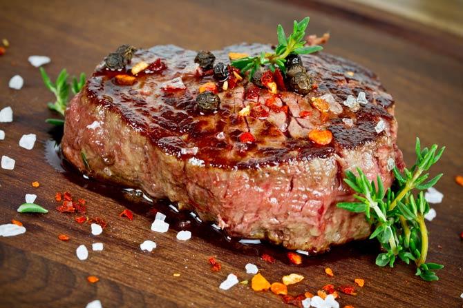 Fleisch nach dem Anbraten ruhen lassen