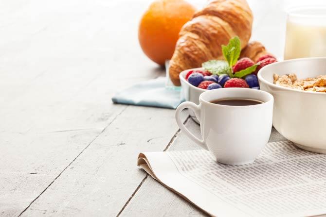 Frühstück dient dazu, das Energieniveau wieder zu steigern und den Glykogen-Spiegel wiederherzustellen