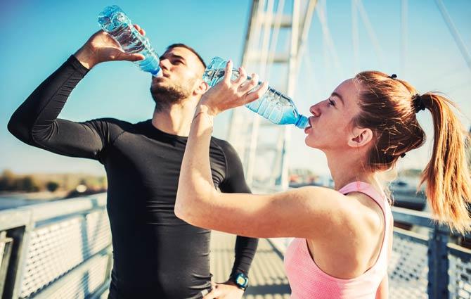 Genügend Flüssigkeit während des Trainings