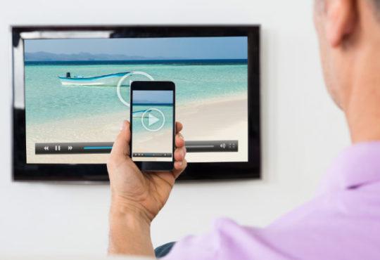 Handy und TV Gerät miteinander verbinden