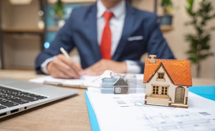 Immobilienverkauf mit oder ohne Immobilienmakler