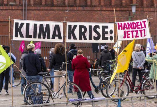 Klimaaktivistin übt Kritik