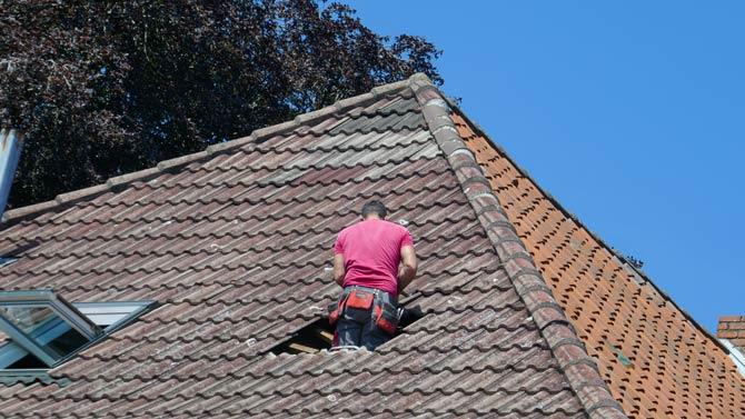 Lücken in Dächern schnell schließen