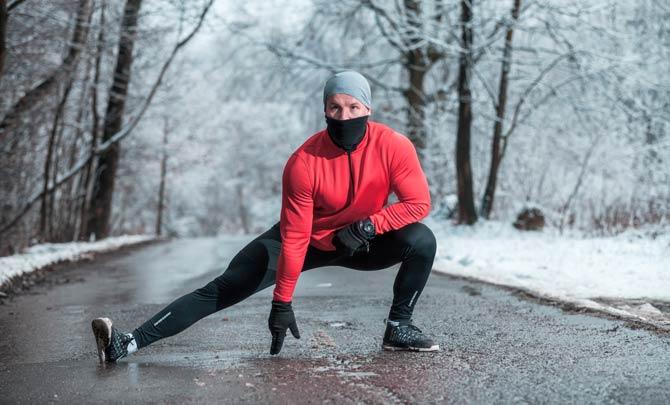 Mundschutz beim Sport im Winter