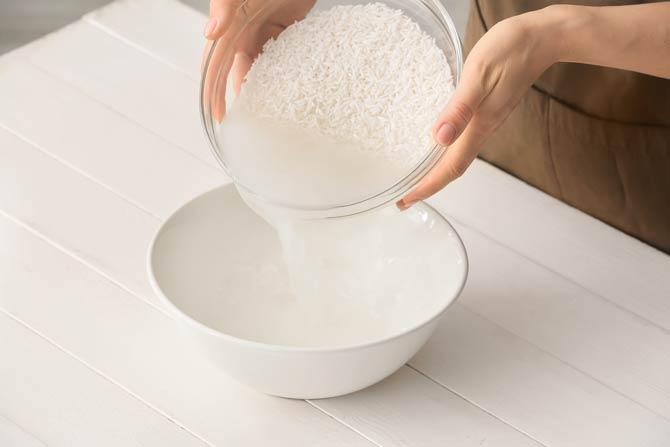 Reiswasser ist das stärkehaltige Wasser