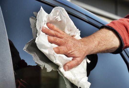 Die richtige Scheibenreinigung beim Auto