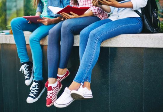 Röhrenjeans - Skinny-Jeans