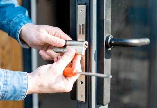 Schlüsseldienst in Stuttgart finden