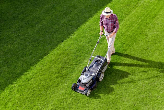 Sonntags Rasen mähen verboten