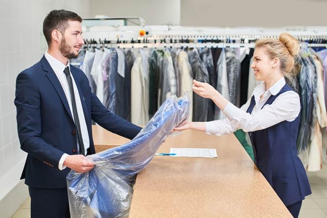 Textilreinigung - Anzug