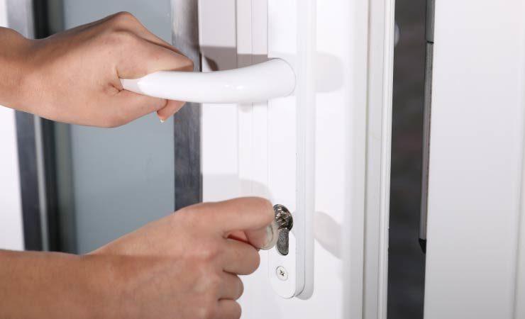 Türsicherungen als essenzieller Teil einer guten Einbruchsicherung