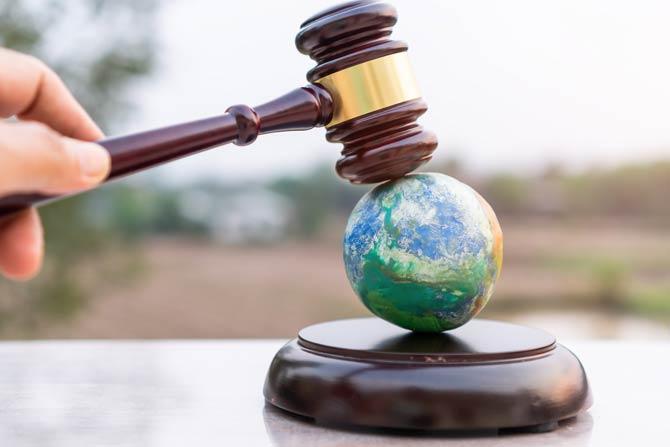 Umweltstrafrecht und Umwelthaftungsgesetz