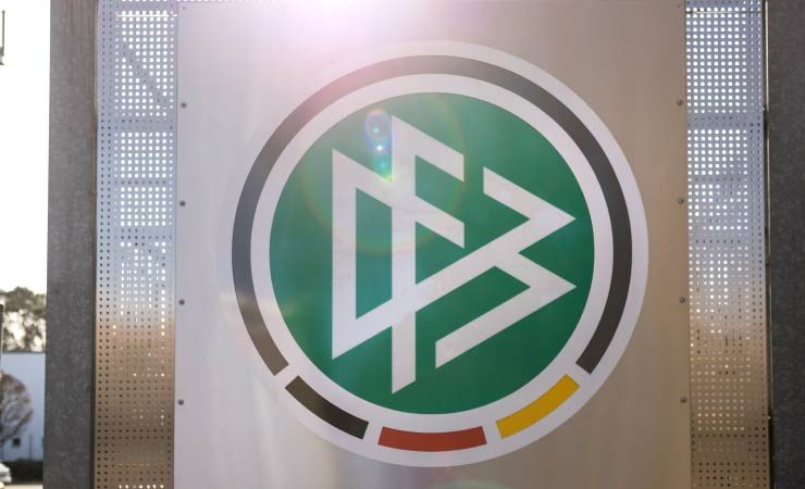 Warnung vom Schatzmeister: DFB befindet sich in einer tiefen wirtschaftlichen Krise