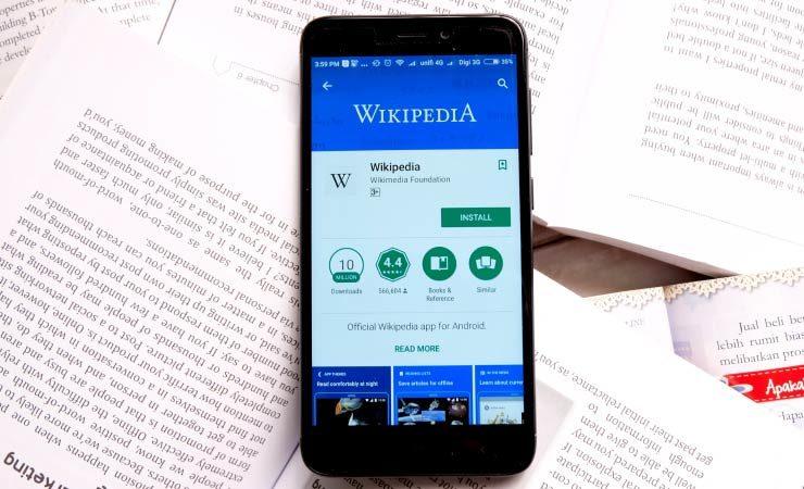 Wikipedia ist nicht politisch polarisiert