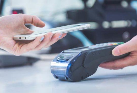 Wie mobile Zahlungen Menschen während der Pandemie helfen